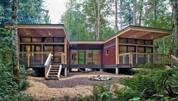 Le concept de la maison en préfabriquée s'applique également au monde de la maison en bois, le plus ? C'est beau et écologique !