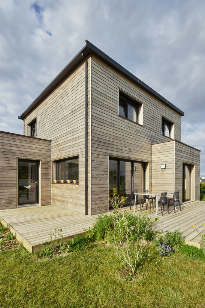 maison-exterieur-terrasse-bois