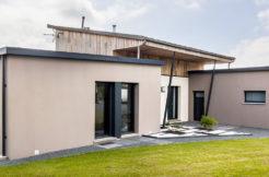 Façade avant de la maison et style modulaire