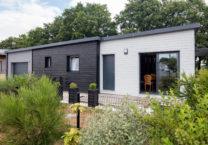 Une toiture acrotère pour un design contemporain