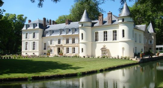 Val d'Oise chateau-min